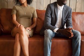 Dons manuels invoqués par l'un des époux et déclaration de revenus et charges